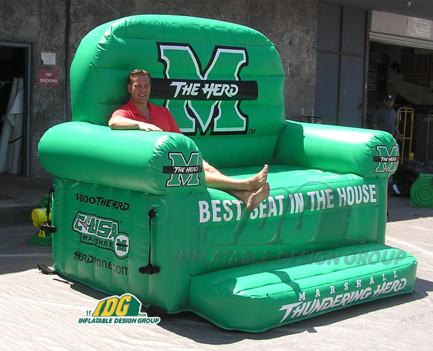 Inflatable chair and couch from Inflatable Design Group