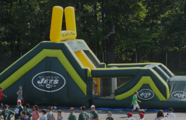 custom-Inflatable-football-game-slider